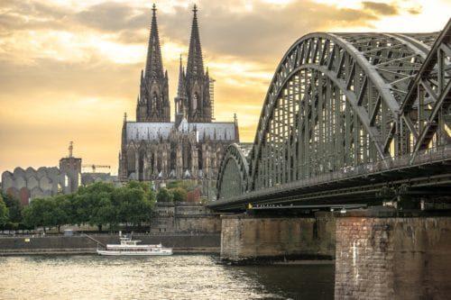 Klaviertransport Köln